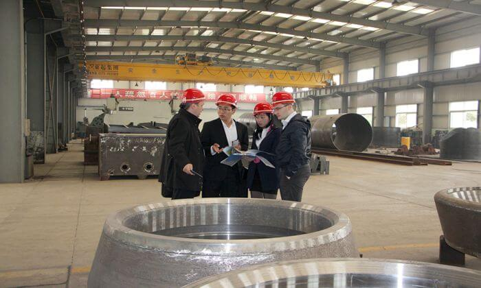 Russian customers visit the Great Wall steel casting plant